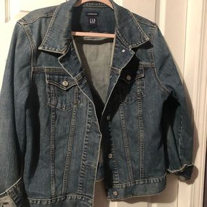 GAP denim trucker jacket